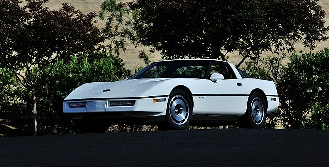 1984-Chevrolet-Corvette-C4-First-Everpic