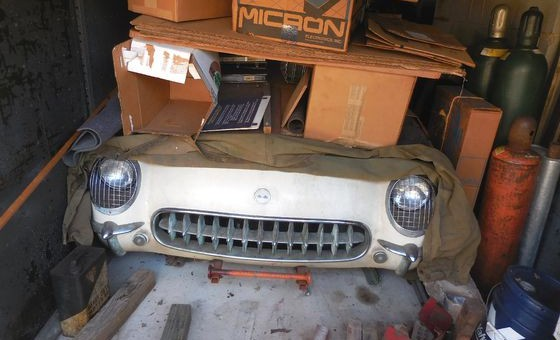 1954-Corvette-C1-Barn-Find-560x340