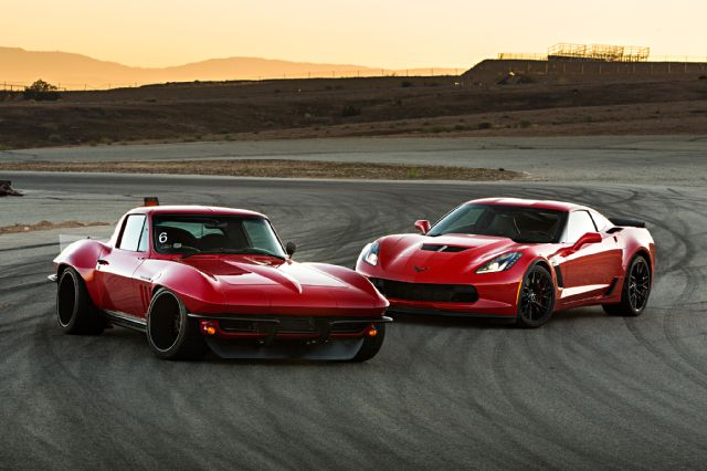 1965-corvette-pro-touring-vs-2015-corvette-z06