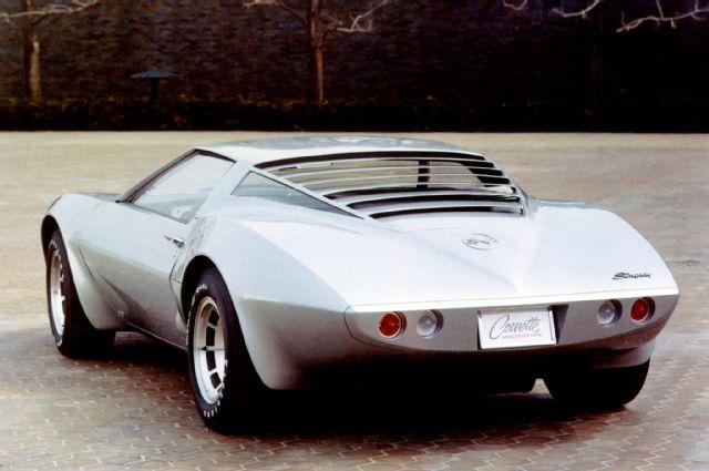 1970-chevrolet-corvette-rear-view-xp-882