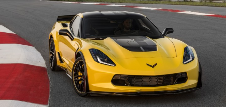 2016-Chevrolet-Corvette-Z06-C7R-Edition-05-720x340