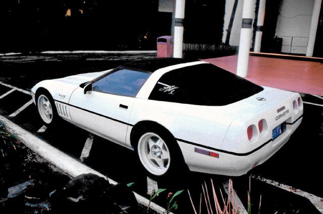 1989-chevrolet-corvette-prototype-skiiner
