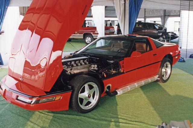 1-1992-falconer-v-12-corvette